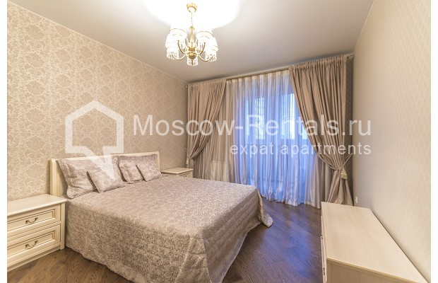 "Photo #4 3-room (2 BR) apartment <u>for a long-term rent</u> (<a href=""http://moscow-rentals.ru/en/articles/long-term-rent"" target=""_blank"">FAQ</a>)    in Russia, Moscow, Kastanaevskaya str, 45 к 2"