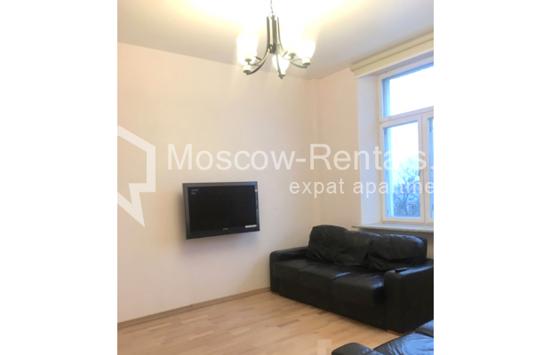 "Photo #10 3-room (2 BR) apartment for <a href=""http://moscow-rentals.ru/en/articles/long-term-rent"" target=""_blank"">a long-term</a> rent  in Russia, Moscow, Strastnoi blv., 13А"