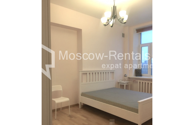 "Photo #8 3-room (2 BR) apartment for <a href=""http://moscow-rentals.ru/en/articles/long-term-rent"" target=""_blank"">a long-term</a> rent  in Russia, Moscow, Strastnoi blv., 13А"