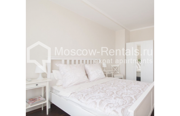 "Photo #2 2-room (1 BR) apartment for <a href=""http://moscow-rentals.ru/en/articles/long-term-rent"" target=""_blank"">a long-term</a> rent  in Russia, Moscow, Sadovaya-Triumphalnaya str., 22/31"