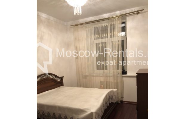 """Photo #6 3-room (2 BR) apartment for <a href=""""http://moscow-rentals.ru/en/articles/long-term-rent"""" target=""""_blank"""">a long-term</a> rent  in Russia, Moscow, Vasilievskaya str, 4"""