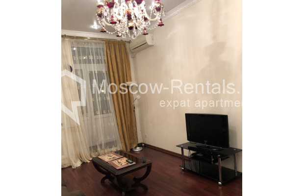 """Photo #5 3-room (2 BR) apartment for <a href=""""http://moscow-rentals.ru/en/articles/long-term-rent"""" target=""""_blank"""">a long-term</a> rent  in Russia, Moscow, Vasilievskaya str, 4"""