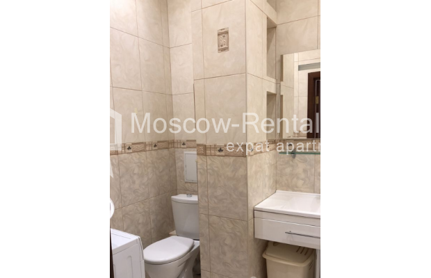 """Photo #13 3-room (2 BR) apartment for <a href=""""http://moscow-rentals.ru/en/articles/long-term-rent"""" target=""""_blank"""">a long-term</a> rent  in Russia, Moscow, Vasilievskaya str, 4"""