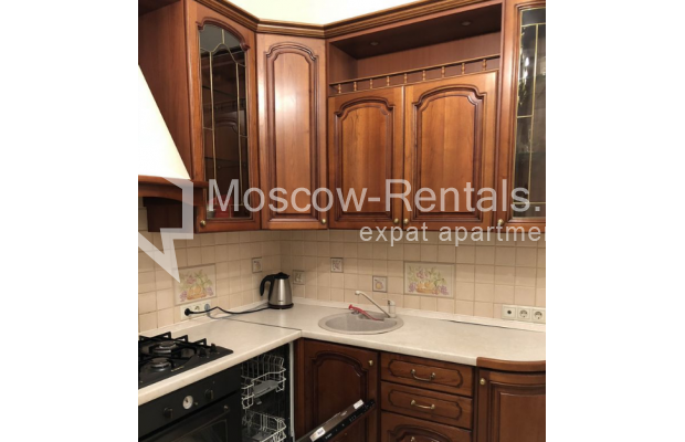 """Photo #11 3-room (2 BR) apartment for <a href=""""http://moscow-rentals.ru/en/articles/long-term-rent"""" target=""""_blank"""">a long-term</a> rent  in Russia, Moscow, Vasilievskaya str, 4"""