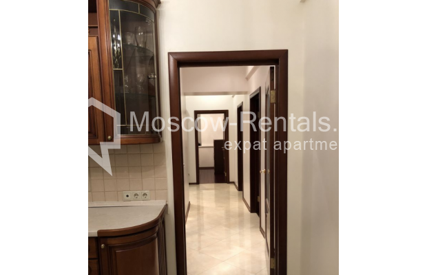 """Photo #12 3-room (2 BR) apartment for <a href=""""http://moscow-rentals.ru/en/articles/long-term-rent"""" target=""""_blank"""">a long-term</a> rent  in Russia, Moscow, Vasilievskaya str, 4"""
