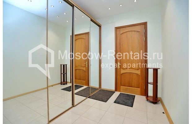 """Photo #12 3-room (2 BR) apartment for <a href=""""http://moscow-rentals.ru/en/articles/long-term-rent"""" target=""""_blank"""">a long-term</a> rent  in Russia, Moscow, Leontievskyi lane., 6С2"""