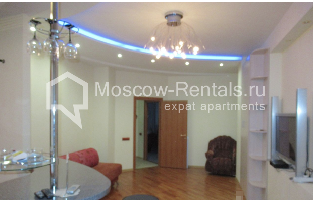 "Photo #3 3-room (2 BR) apartment for <a href=""http://moscow-rentals.ru/en/articles/long-term-rent"" target=""_blank"">a long-term</a> rent  in Russia, Moscow, Petrovskyi blv., 15С1"