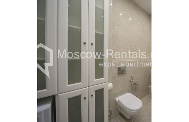 "Photo #5 2-room (1 BR) apartment <u>for a long-term rent</u> (<a href=""http://moscow-rentals.ru/en/articles/long-term-rent"" target=""_blank"">FAQ</a>)    in Russia, Moscow, Karetnyi Ryad, 5/10С2"
