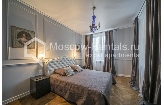 "Photo #3 2-room (1 BR) apartment <u>for a long-term rent</u> (<a href=""http://moscow-rentals.ru/en/articles/long-term-rent"" target=""_blank"">FAQ</a>)    in Russia, Moscow, Karetnyi Ryad, 5/10С2"