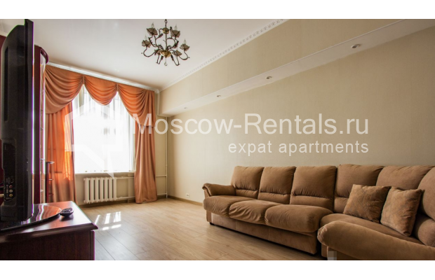 """Photo #1 4-room (3 BR) apartment for <a href=""""http://moscow-rentals.ru/en/articles/long-term-rent"""" target=""""_blank"""">a long-term</a> rent  in Russia, Moscow, Gasheka str, 9"""