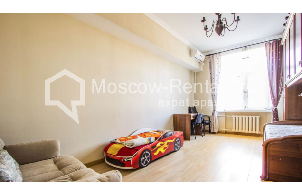 """Photo #6 4-room (3 BR) apartment for <a href=""""http://moscow-rentals.ru/en/articles/long-term-rent"""" target=""""_blank"""">a long-term</a> rent  in Russia, Moscow, Gasheka str, 9"""
