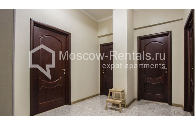 """Photo #10 4-room (3 BR) apartment for <a href=""""http://moscow-rentals.ru/en/articles/long-term-rent"""" target=""""_blank"""">a long-term</a> rent  in Russia, Moscow, Gasheka str, 9"""