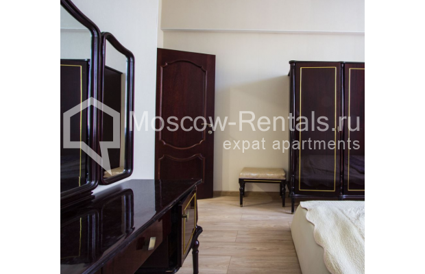 """Photo #15 4-room (3 BR) apartment for <a href=""""http://moscow-rentals.ru/en/articles/long-term-rent"""" target=""""_blank"""">a long-term</a> rent  in Russia, Moscow, Gasheka str, 9"""