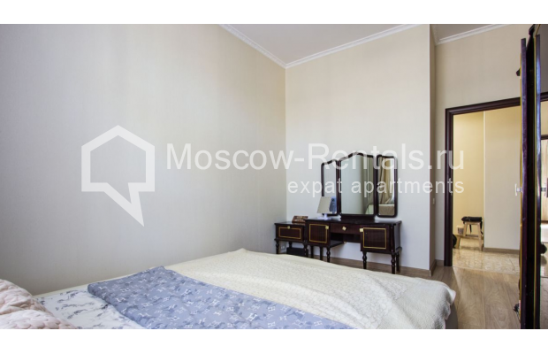 """Photo #16 4-room (3 BR) apartment for <a href=""""http://moscow-rentals.ru/en/articles/long-term-rent"""" target=""""_blank"""">a long-term</a> rent  in Russia, Moscow, Gasheka str, 9"""