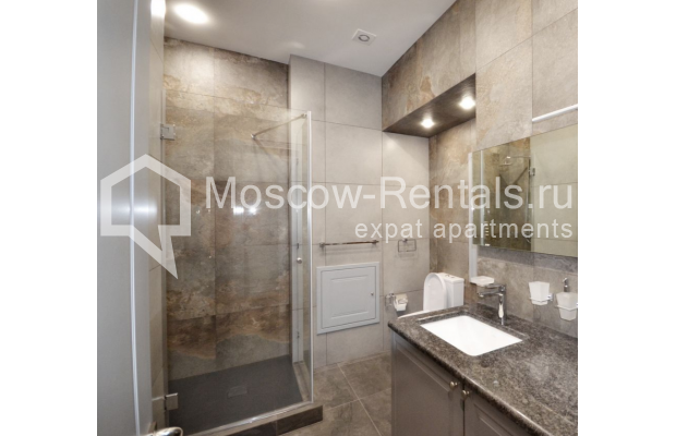"Photo #5 2-room (1 BR) apartment <u>for a long-term rent</u> (<a href=""http://moscow-rentals.ru/en/articles/long-term-rent"" target=""_blank"">FAQ</a>)    in Russia, Moscow, Kalashnyi lane, 7"