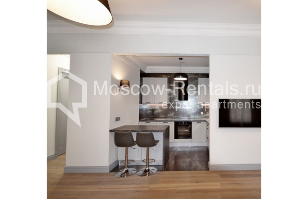"Photo #7 2-room (1 BR) apartment <u>for a long-term rent</u> (<a href=""http://moscow-rentals.ru/en/articles/long-term-rent"" target=""_blank"">FAQ</a>)    in Russia, Moscow, Kalashnyi lane, 7"