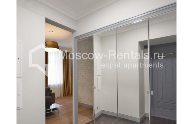 "Photo #9 2-room (1 BR) apartment <u>for a long-term rent</u> (<a href=""http://moscow-rentals.ru/en/articles/long-term-rent"" target=""_blank"">FAQ</a>)    in Russia, Moscow, Kalashnyi lane, 7"