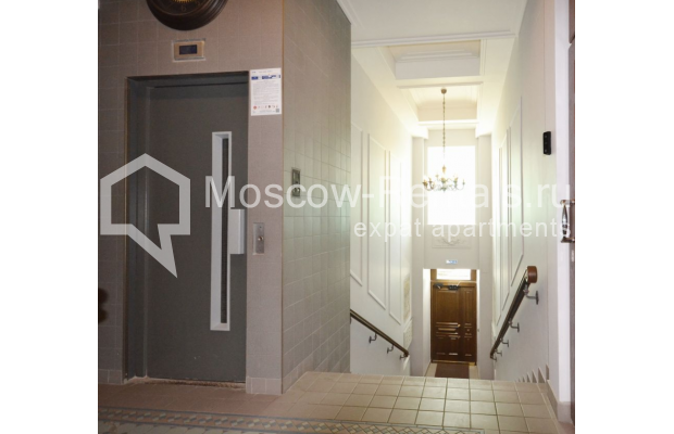 "Photo #10 2-room (1 BR) apartment <u>for a long-term rent</u> (<a href=""http://moscow-rentals.ru/en/articles/long-term-rent"" target=""_blank"">FAQ</a>)    in Russia, Moscow, Kalashnyi lane, 7"