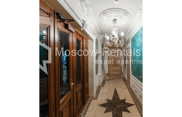 "Photo #17 3-room (2 BR) apartment <u>for a long-term rent</u> (<a href=""http://moscow-rentals.ru/en/articles/long-term-rent"" target=""_blank"">FAQ</a>)    in Russia, Moscow, Krasnoproletarskaya str., 7"