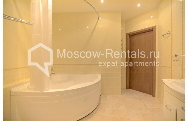 "Photo #8 3-room (2 BR) apartment for <a href=""http://moscow-rentals.ru/en/articles/long-term-rent"" target=""_blank"">a long-term</a> rent  in Russia, Moscow, B. Palashevskyi lane, 14/7"