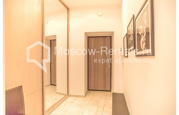 "Photo #9 3-room (2 BR) apartment for <a href=""http://moscow-rentals.ru/en/articles/long-term-rent"" target=""_blank"">a long-term</a> rent  in Russia, Moscow, B. Palashevskyi lane, 14/7"