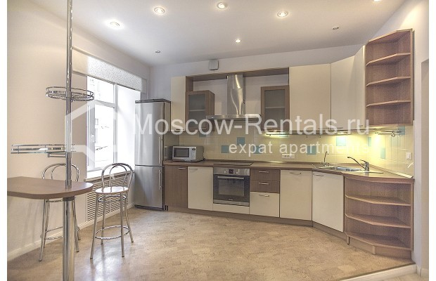 "Photo #2 3-room (2 BR) apartment for <a href=""http://moscow-rentals.ru/en/articles/long-term-rent"" target=""_blank"">a long-term</a> rent  in Russia, Moscow, B. Palashevskyi lane, 14/7"