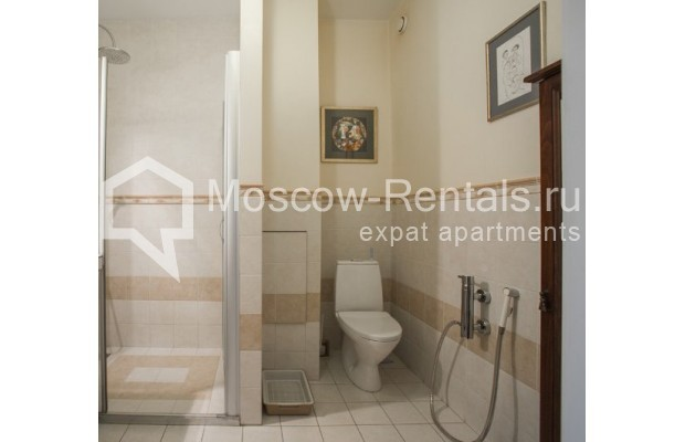 "Photo #15 5-room (4 BR) apartment <u>for a long-term rent</u> (<a href=""http://moscow-rentals.ru/en/articles/long-term-rent"" target=""_blank"">FAQ</a>)    in Russia, Moscow, Savvinskaya emb., 7С3"