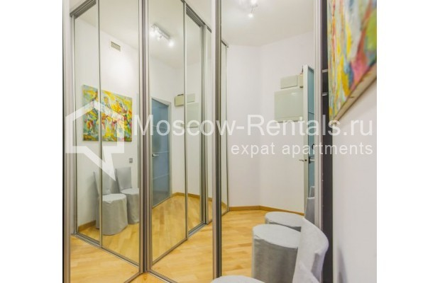 "Photo #13 3-room (2 BR) apartment <u>for a long-term rent</u> (<a href=""http://moscow-rentals.ru/en/articles/long-term-rent"" target=""_blank"">FAQ</a>)    in Russia, Moscow, Komsomolskyi pr, 32"