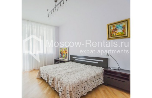 "Photo #9 3-room (2 BR) apartment <u>for a long-term rent</u> (<a href=""http://moscow-rentals.ru/en/articles/long-term-rent"" target=""_blank"">FAQ</a>)    in Russia, Moscow, Komsomolskyi pr, 32"
