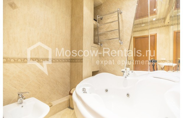 Photo #10 4-room (3 BR) apartment <u>for sale</u> in Russia, Moscow, Sergeya Makeeva str, 1