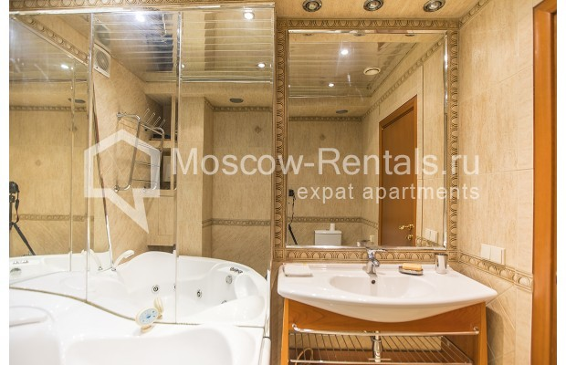 Photo #11 4-room (3 BR) apartment <u>for sale</u> in Russia, Moscow, Sergeya Makeeva str, 1
