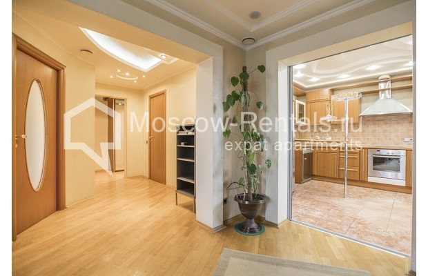 Photo #19 4-room (3 BR) apartment <u>for sale</u> in Russia, Moscow, Sergeya Makeeva str, 1
