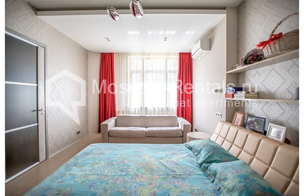 """Photo #11 4-room (3 BR) apartment for <a href=""""http://moscow-rentals.ru/en/articles/long-term-rent"""" target=""""_blank"""">a long-term</a> rent  in Russia, Moscow, Lomonoskovskyi prosp, 25 к 5"""
