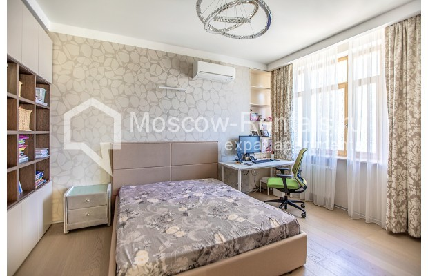 """Photo #21 4-room (3 BR) apartment for <a href=""""http://moscow-rentals.ru/en/articles/long-term-rent"""" target=""""_blank"""">a long-term</a> rent  in Russia, Moscow, Lomonoskovskyi prosp, 25 к 5"""