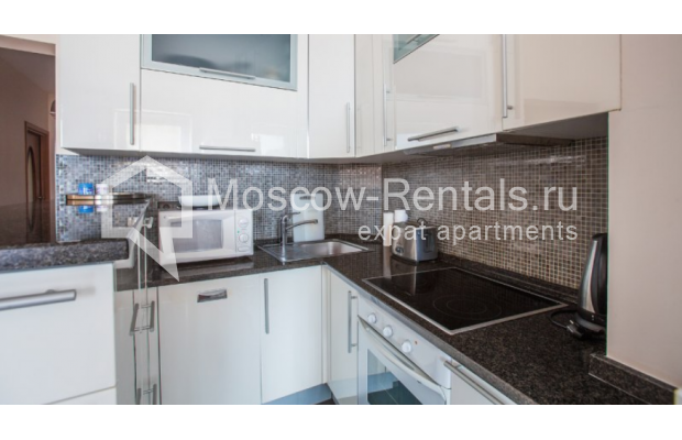 "Photo #3 3-room (2 BR) apartment <u>for a long-term rent</u> (<a href=""http://moscow-rentals.ru/en/articles/long-term-rent"" target=""_blank"">FAQ</a>)    in Russia, Moscow, Tverskaya str, 27С1"