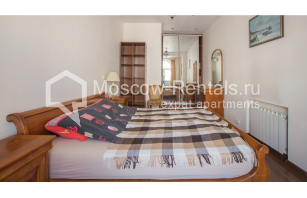 "Photo #5 3-room (2 BR) apartment <u>for a long-term rent</u> (<a href=""http://moscow-rentals.ru/en/articles/long-term-rent"" target=""_blank"">FAQ</a>)    in Russia, Moscow, Tverskaya str, 27С1"