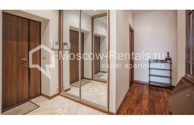 "Photo #8 3-room (2 BR) apartment <u>for a long-term rent</u> (<a href=""http://moscow-rentals.ru/en/articles/long-term-rent"" target=""_blank"">FAQ</a>)    in Russia, Moscow, Tverskaya str, 27С1"