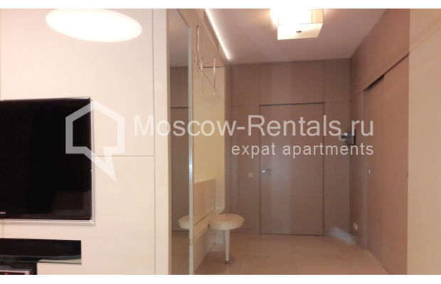 "Photo #2 2-room (1 BR) apartment <u>for a long-term rent</u> (<a href=""http://moscow-rentals.ru/en/articles/long-term-rent"" target=""_blank"">FAQ</a>)    in Russia, Moscow, Staropimenovskyi lane, 4С1"