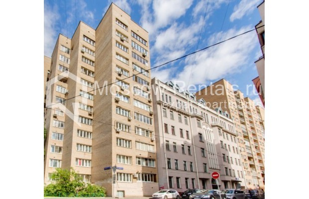 "Photo #13 2-room (1 BR) apartment <u>for a long-term rent</u> (<a href=""http://moscow-rentals.ru/en/articles/long-term-rent"" target=""_blank"">FAQ</a>)    in Russia, Moscow, Staropimenovskyi lane, 12/6"