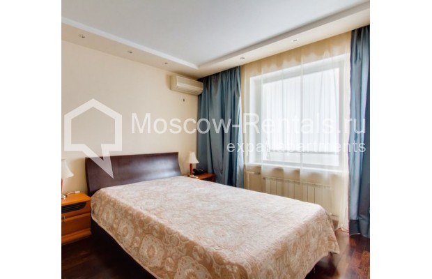 "Photo #6 2-room (1 BR) apartment <u>for a long-term rent</u> (<a href=""http://moscow-rentals.ru/en/articles/long-term-rent"" target=""_blank"">FAQ</a>)    in Russia, Moscow, Staropimenovskyi lane, 12/6"