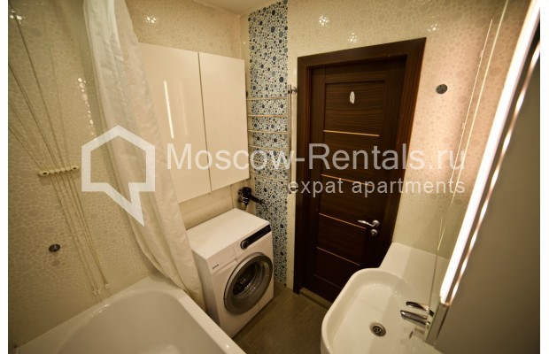 "Photo #9 2-room (1 BR) apartment <u>for a long-term rent</u> (<a href=""http://moscow-rentals.ru/en/articles/long-term-rent"" target=""_blank"">FAQ</a>)    in Russia, Moscow, Osennyi blv, 12 К 11"