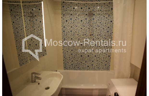 "Photo #10 2-room (1 BR) apartment <u>for a long-term rent</u> (<a href=""http://moscow-rentals.ru/en/articles/long-term-rent"" target=""_blank"">FAQ</a>)    in Russia, Moscow, Osennyi blv, 12 К 11"