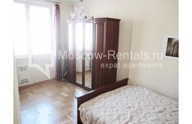 "Photo #4 2-room (1 BR) apartment <u>for a long-term rent</u> (<a href=""http://moscow-rentals.ru/en/articles/long-term-rent"" target=""_blank"">FAQ</a>)    in Russia, Moscow, Tverskaya str, 25"