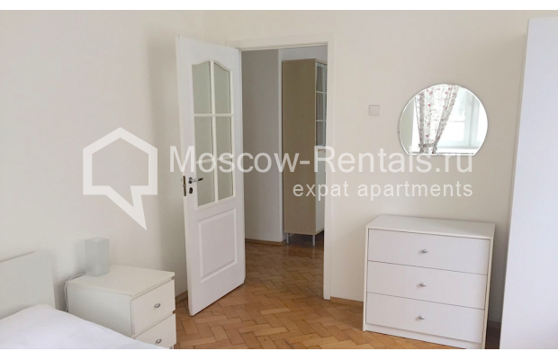 "Photo #3 2-room (1 BR) apartment <u>for a long-term rent</u> (<a href=""http://moscow-rentals.ru/en/articles/long-term-rent"" target=""_blank"">FAQ</a>)    in Russia, Moscow, Tverskaya str, 6 С 3"
