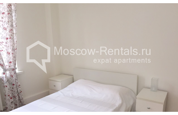 "Photo #2 2-room (1 BR) apartment <u>for a long-term rent</u> (<a href=""http://moscow-rentals.ru/en/articles/long-term-rent"" target=""_blank"">FAQ</a>)    in Russia, Moscow, Tverskaya str, 6 С 3"