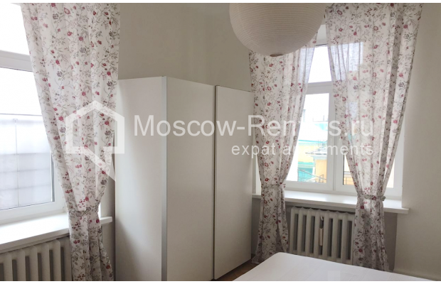 "Photo #1 2-room (1 BR) apartment <u>for a long-term rent</u> (<a href=""http://moscow-rentals.ru/en/articles/long-term-rent"" target=""_blank"">FAQ</a>)    in Russia, Moscow, Tverskaya str, 6 С 3"