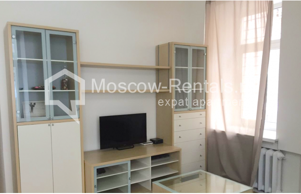 "Photo #4 2-room (1 BR) apartment <u>for a long-term rent</u> (<a href=""http://moscow-rentals.ru/en/articles/long-term-rent"" target=""_blank"">FAQ</a>)    in Russia, Moscow, Tverskaya str, 6 С 3"