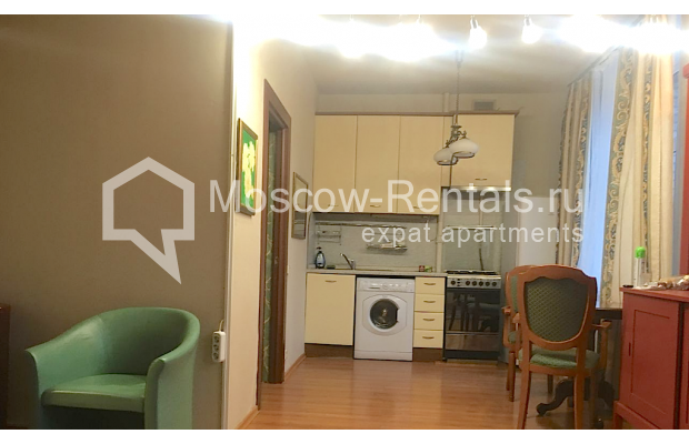 "Photo #1 2-room (1 BR) apartment for <a href=""http://moscow-rentals.ru/en/articles/long-term-rent"" target=""_blank"">a long-term</a> rent  in Russia, Moscow, 4th Tverskaya-Yamskaya str, 6/12"