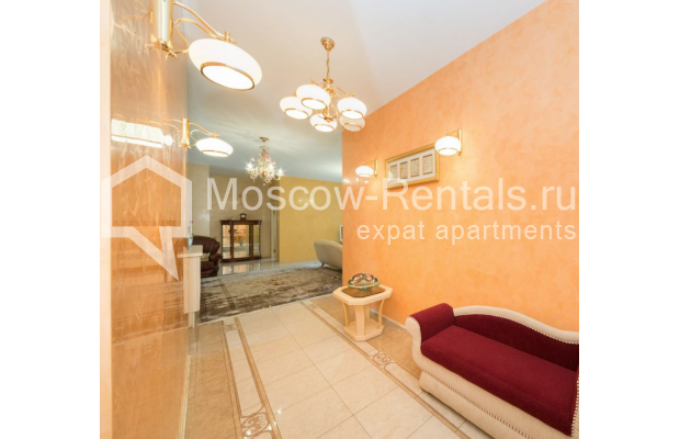 "Photo #16 3-room (2 BR) apartment <u>for a long-term rent</u> (<a href=""http://moscow-rentals.ru/en/articles/long-term-rent"" target=""_blank"">FAQ</a>)    in Russia, Moscow, Bolshoi Tolmachevskyi lane, 4С1"