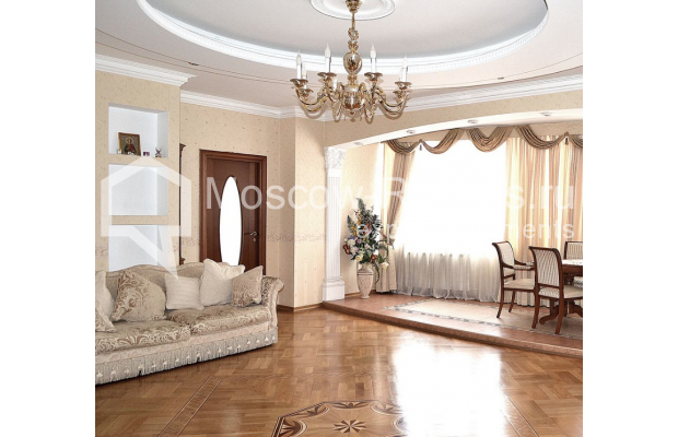 """Photo #2 3-room (2 BR) apartment <u>for a long-term rent</u> (<a href=""""http://moscow-rentals.ru/en/articles/long-term-rent"""" target=""""_blank"""">FAQ</a>)    in Russia, Moscow, Shabolovka str, 23к2"""